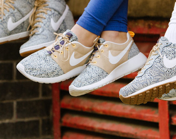 shoes nike london floral liberty nike roshe run blue dunk sky hi liberty londen nike x liberty