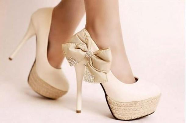 7736f0e126e White Cream Heels. shoes heels stilettos bow white beige ...