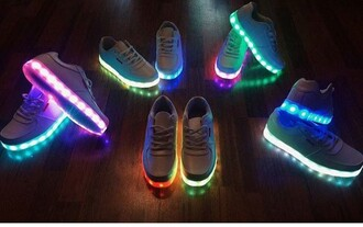 shoes lights bold cute glow in the dark gitd flashy white super colours sneakers light