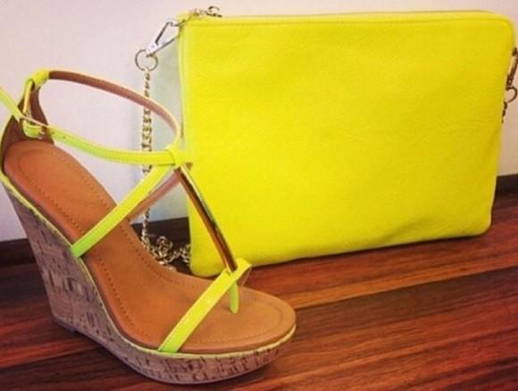 shoes neon yellow sandals dluo fluo fluo colours bag clutch zip pochette zeppe high nude nude effect pen dant