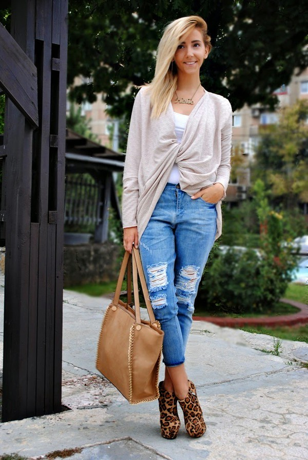 let's talk about fashion ! blogger cardigan jeans bag shoes