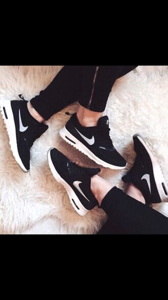 shoes nike nike shoes black white nike air max thea air max black and white fashion leggings noir nike nike running shoes sports shoes rosie cute sneakers nike air force