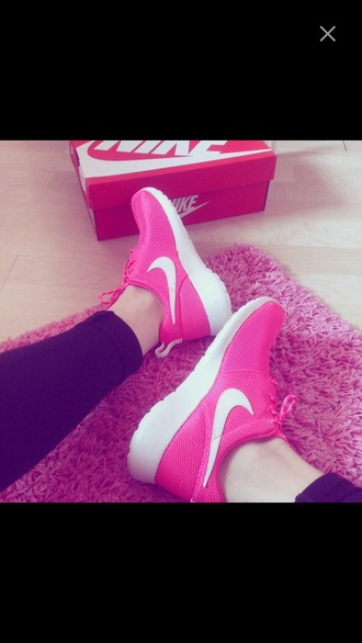shoes nike rosherun hyperpink nike nike running shoes nike pink pink pink shoes nike roshe run fashion hyperpink