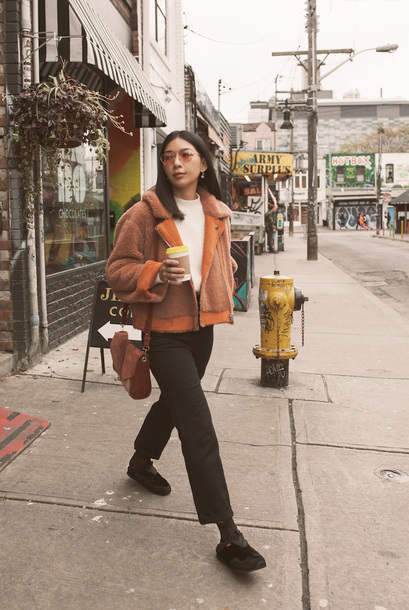 honey n silk blogger shoes coat sweater pants bag sunglasses shoulder bag velvet shoes fall outfits black pants