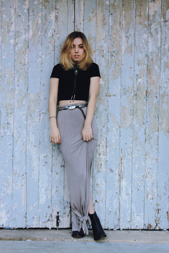 views of now blogger belt long skirt black crop top high waisted skirt soft grunge