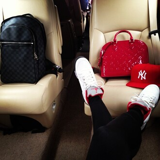 bag red leather nike nikeairjordan new york city cap snapback redcap black leggings black leggings handbag luxury redhandbag white white sneakers white nikes nikeair luxurious designer belt jumpsuit shoes