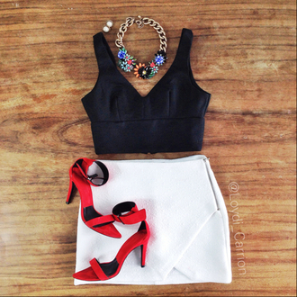 skirt white skirt red shoes high heels black top floral jewels envelope skirt crop tops necklace shirt jewels shoes