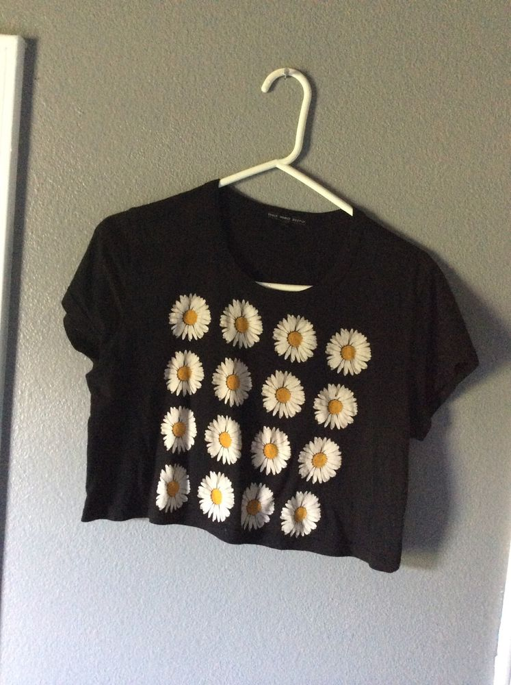 Urban Outfitters Truly Madly Deeply Daisy Crop Top Black Sz S | eBay