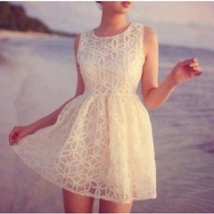 SLEEVELESS WHITE LACE DRESS on The Hunt