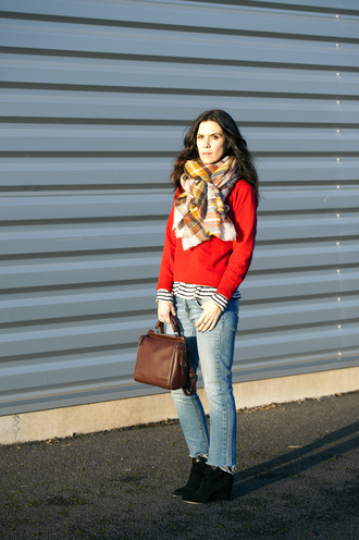 punky b blogger red sweater blanket scarf handbag leather bag leon and harper