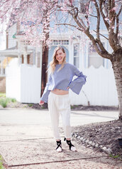 cocorosa,blogger,pants,top,shoes,white pants,blue blouse,spring outfits