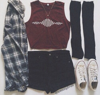 tank top shirt grunge burgundy soundwave crop tops shoes red shirt music red arctic monkeys tumblr hipster converse flannel shirt urban white burgundy top t-shirt pants shorts high waisted shorts black summer miami florida clothes style top grunge t-shirt artic cool tumblr outfit bordeaux red wine black shorts outfit edgy wine red
