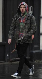 jacket,menswear,mens jacket,brooklyn beckham,camouflage,camo jacket,hoodie,green,army print,men's jackets,jean army jacket,jeans,military print,army green jacket,asap