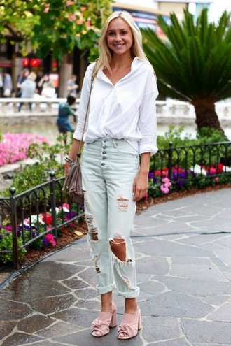 le fashion image blogger shirt bag jeans cuffed jeans