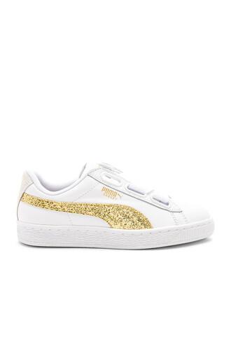 heart glitter white shoes
