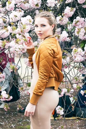 cherryblossomstreet blogger bomber jacket mustard nude dress bodycon dress