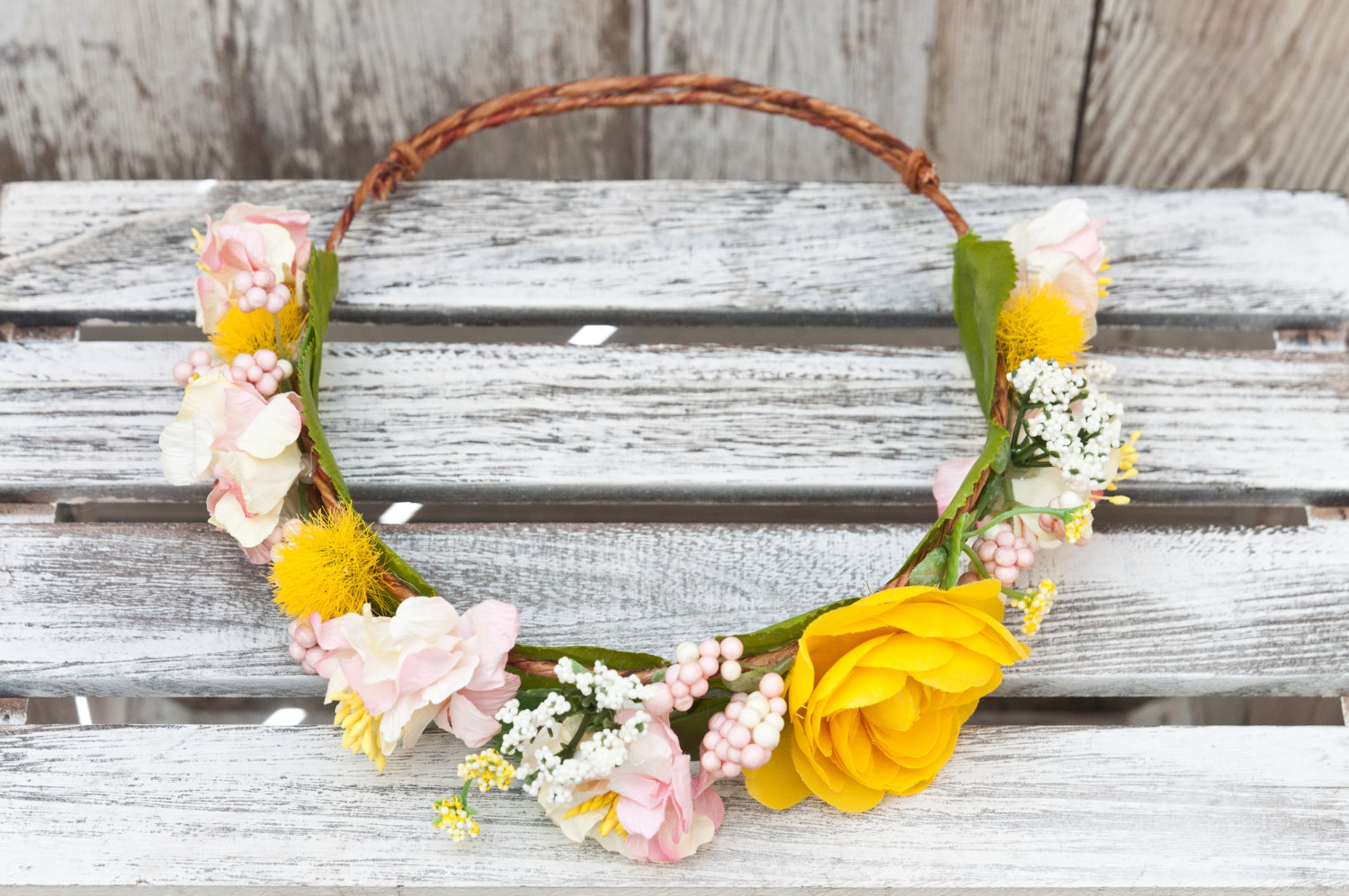 Spring flower crown yellow rose sale orig 4500 izmirmasajfo