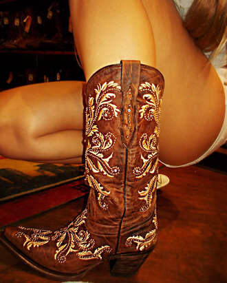 White Cowgirl Boots - Shop for White Cowgirl Boots on Wheretoget