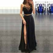 dress,zip,black,split front,floor length,spaghetti strap,graduation dress,slit,sleeveless