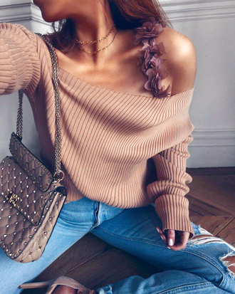 top cut-out ribbed top nude top off the shoulder bag sweater
