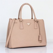 bag,prada,cream,prada bag,beige,nude