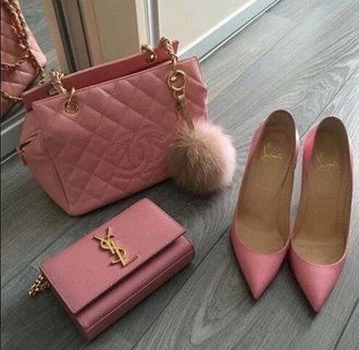 bag purse pink purse chanel chanel purse pink wallet pink wallet ysl ysl wallet heels pink heels red bottoms pink red bottoms