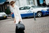 hippie hippie milkshake,blogger,hat,borsalino,sweater dress,knitted dress,sweater,bag,white knit dress
