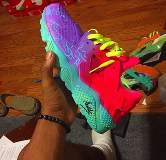 shoes brigh sneakers huaraches nike pink blue bright bright sneakers