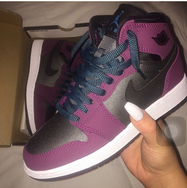 reputable site 44a39 48d1e ... Jordan AJ 1 High - Girls Grade School at Kids Foot Locker ...