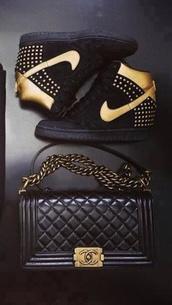 shoes,gold,black,gold nike airs airmax air max,classy,nike,nike air,nike sneakers
