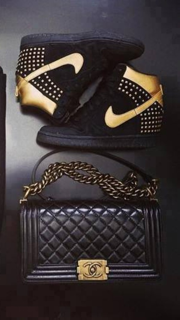 shoes gold black gold nike airs airmax air max classy nike nike air nike sneakers