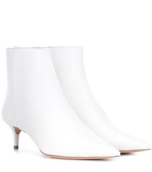 Alexandre Birman Kittie leather ankle boots in white