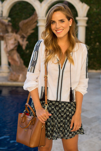 gal meets glam blogger blouse skirt shoes jewels bag