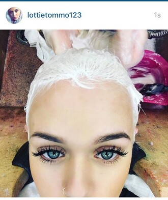 make-up lottie tommo lottie lottie tomlinson louis tomlinson eyelashes eyebrow lips eyes shadow trendy fake eyelashes lashes fake lashes love