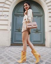 shoes,boots,ankle boots,crocodile,mini skirt,blouse,shoulder bag