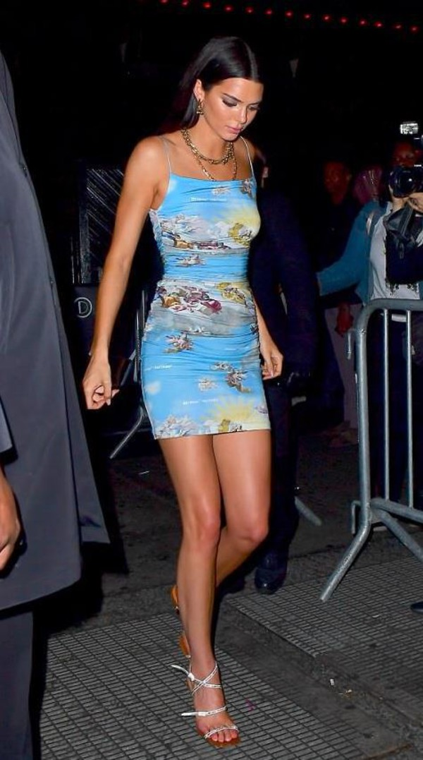 dress sandals kendall jenner mini dress bodycon bodycon dress kardashians model off-duty necklace shoes