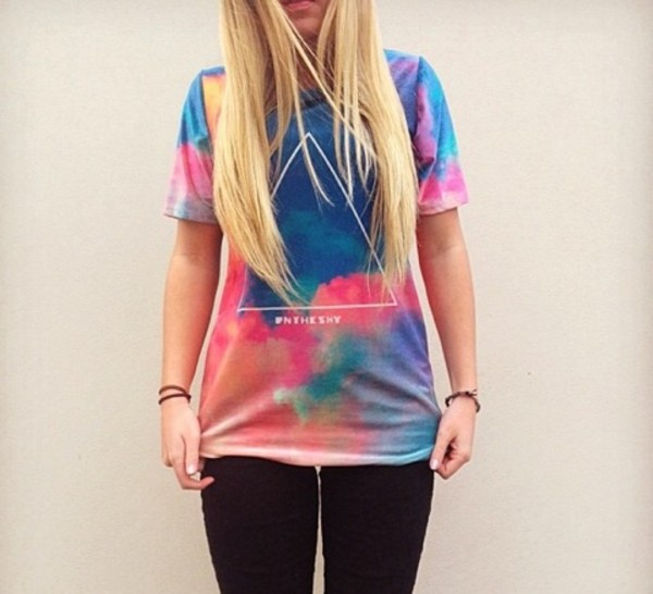 t-shirt colorful blue pink tie dye