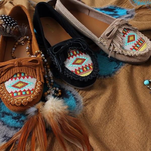 shoes moccasins ethnic flats beige burgundy black ethnic decoration