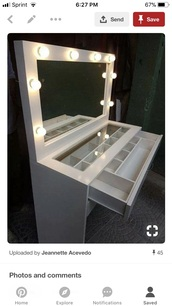 home accessory,vanity mirror with lights