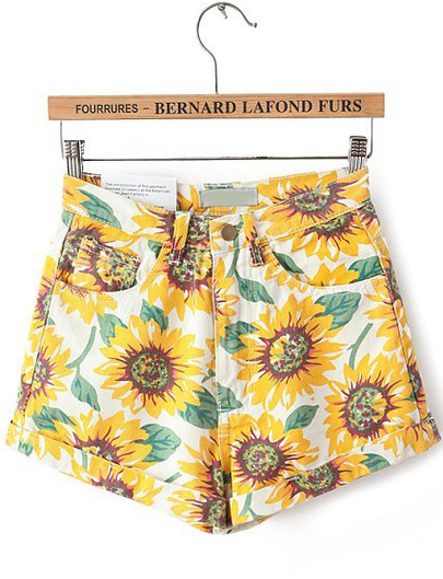 Yellow Sunflower Print Pockets Shorts - Sheinside.com