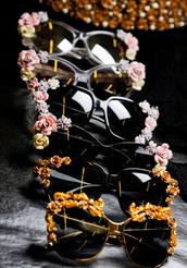 flowers,sunglasses,blogger,gold,black,vintage,baroque,baroque sunglasses