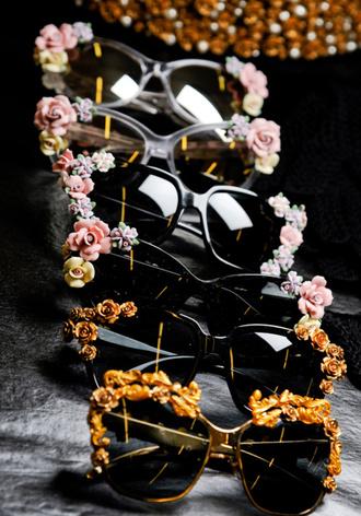 flowers sunglasses blogger gold black vintage baroque baroque sunglasses