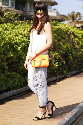 shirt heels white spring summer black yellow jeans