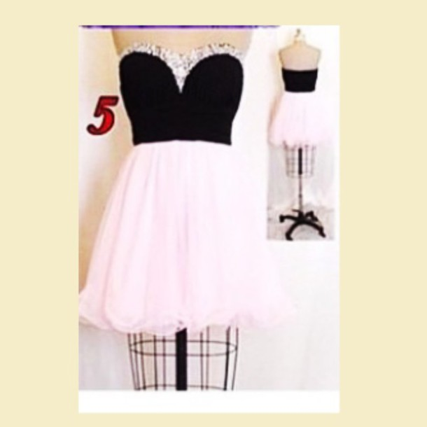 dress flowy dress with black corset and diamond sweetheart neckine