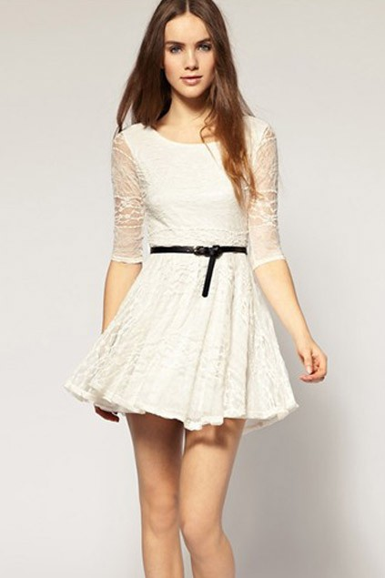 White princess lace dress with medium sleeve