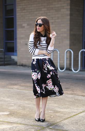dress corilynn blogger floral skirt striped sweater
