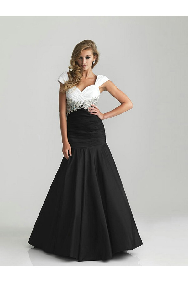 A-line Off-the-shoulder Sleeveless Taffeta Evening Dresses With Beaded