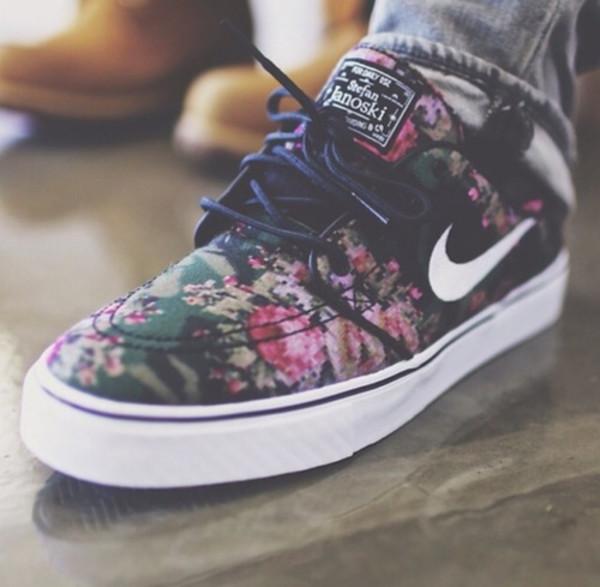 Nike Stefan Janoski Pink Floral Shoes  2aa072aa1