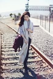 fresh fizzle,blogger,blanket scarf