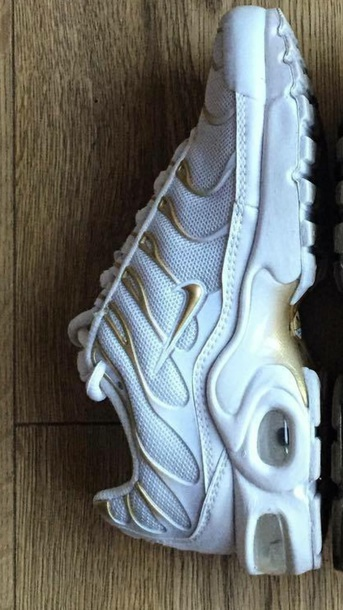 6ca6dab31026 shoes white nikes nike shoes nike tns grey nike tns white